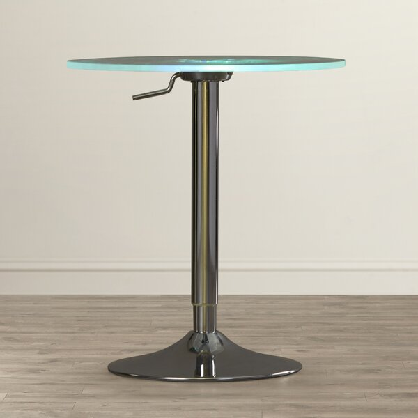 latitude run blaisdell pub table