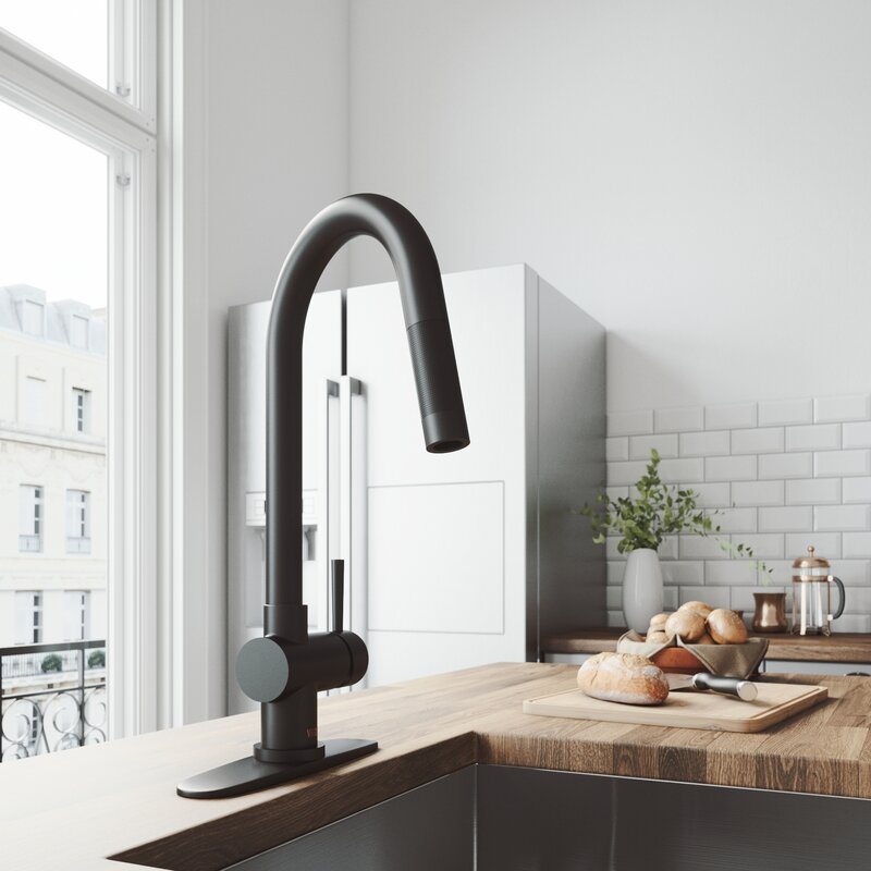 Pictures of kitchens with black faucets — photo 7