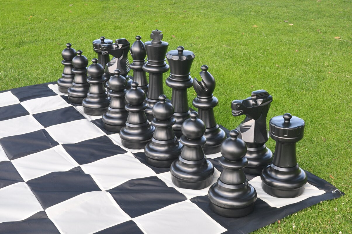 Open Foyer Chess : Customgamesource giant outdoor chess game reviews
