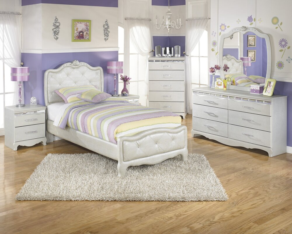 Stool but not sure of the bed do you like it too 2 princess bedroom - Sylvia Panel Configurable Bedroom Set