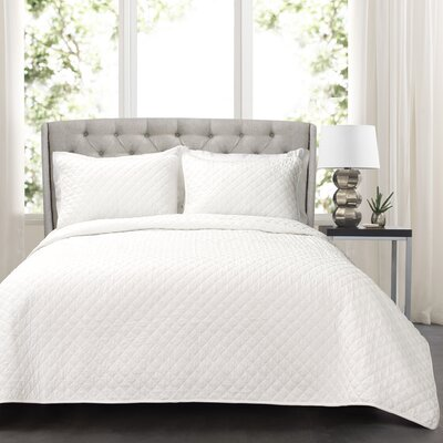 The Twillery Co. Shuler 3 Piece Quilt Set Color: White, Size: Full/Queen + 2 shams
