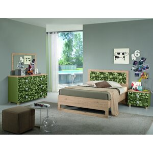 Deanne Kids Panel 4 Piece Bedroom Set