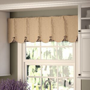 Attractive Addie Burlap Scalloped Curtain Valance