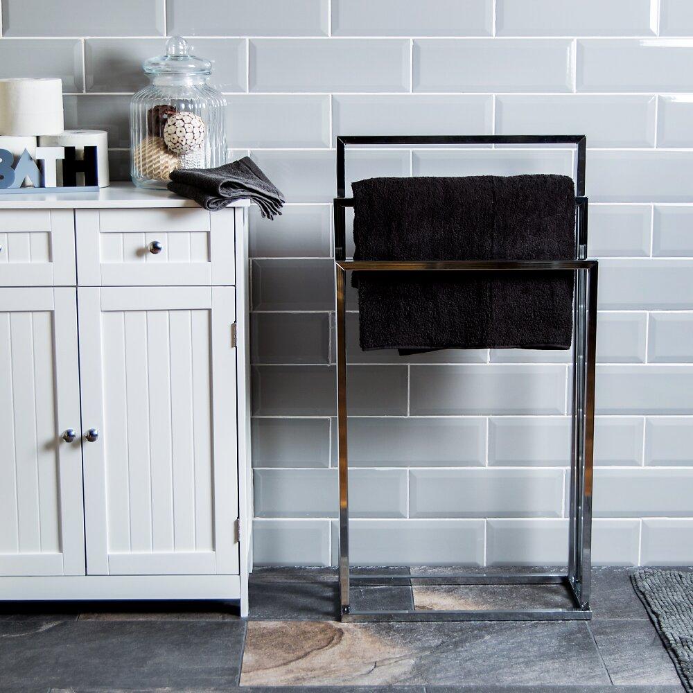 house additions freistehender handtuchhalter bewertungen. Black Bedroom Furniture Sets. Home Design Ideas