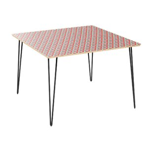 Metrocles Dining Table