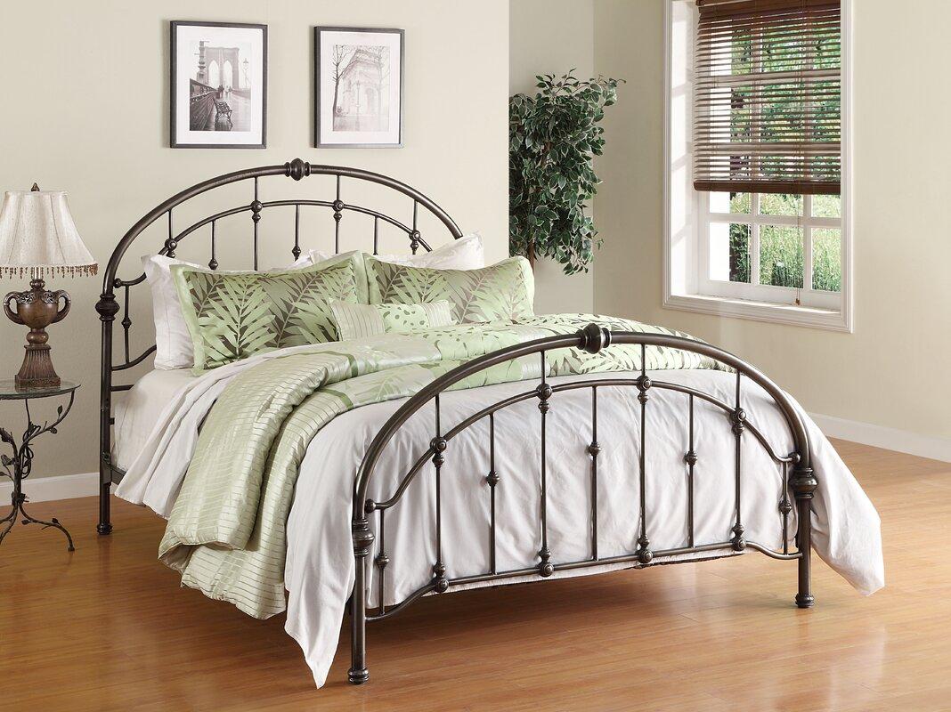 Homestead Queen Metal Bed