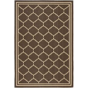 Short Chocolate/Cream Indoor/Outdoor Rug
