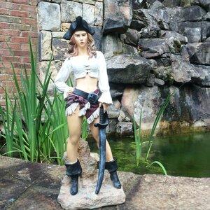 Life's a Beach Lady Pirate Statue