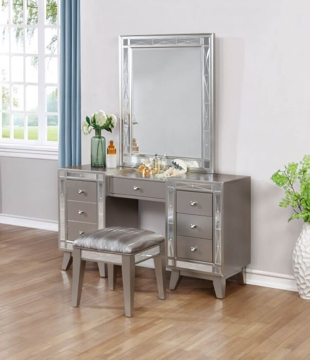 mirrored home inspiring bedroom vanities furniture full stool mirror with near for in sets vanity me table glass set makeup new silver fascinating