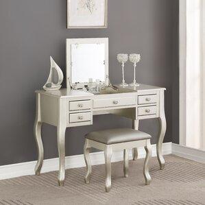 Nice Darianna Vanity Set