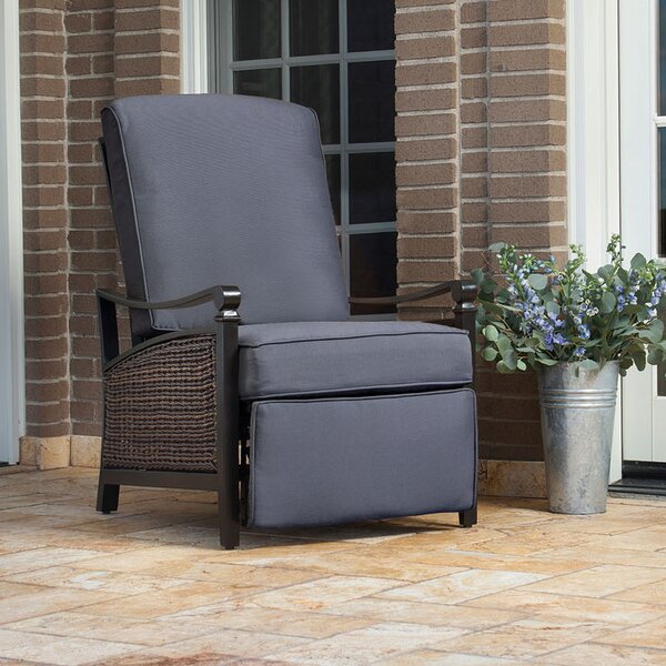Outdoor Furniture Repair Deer Park Ny: La-Z-Boy Carson Luxury Outdoor Recliner Chair With Cushion