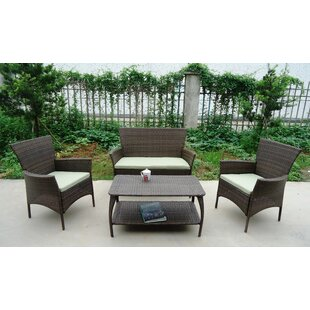 Superbe North Hampton 4 Piece Sofa Set With Cushions