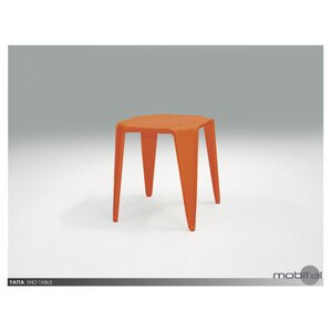 Benetton End Table (Set of 4) ..