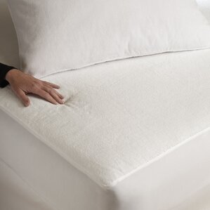 Waterproof Mattress Protector by Alwyn Home
