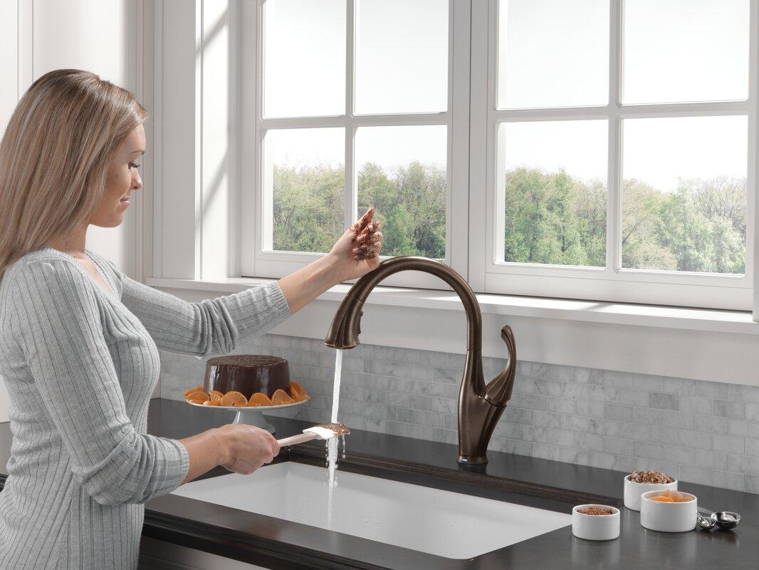 delta addison touchless single handle standard kitchen faucet default name