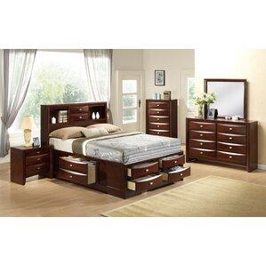 Delightful Linda Platform Customizable Bedroom Set