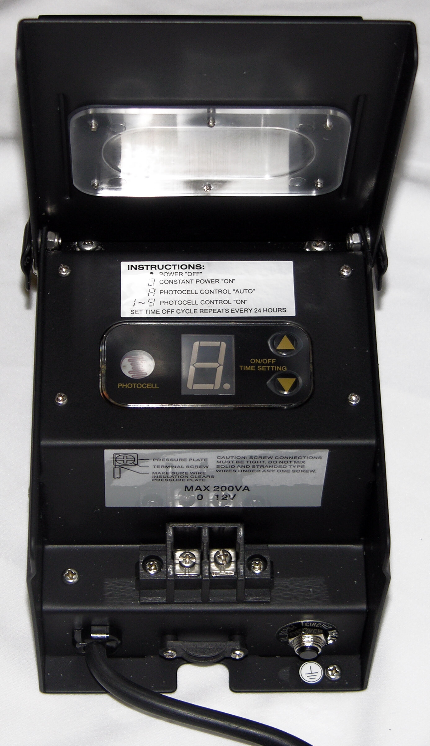 Alpine 200 Watt Transformer With Timer And Photo Cell Wayfair Photocell Wiring