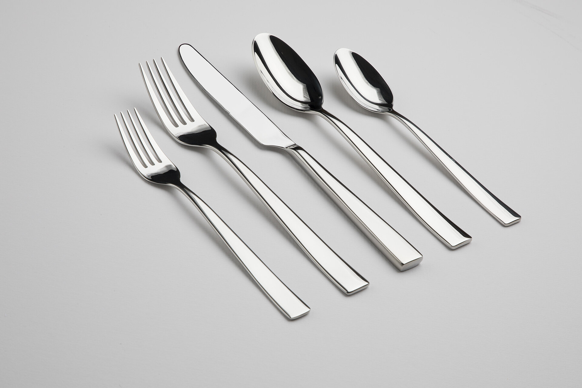 Gourmet Settings Resto 60 Piece 1810 Stainless Steel Flatware Set