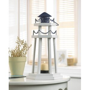 Sky Lake Point Wooden Lantern