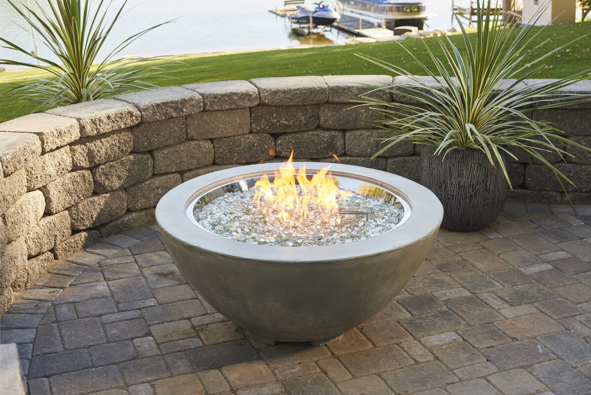 The outdoor greatroom company cove propane fire pit table for Concreteworks fire table