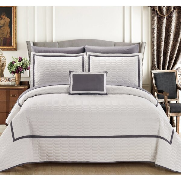 Lovely Hotel Nouveau Bedding | Wayfair UP15