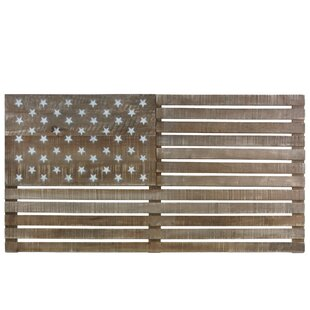 American Flag With Painted Star Wood Wall Décor