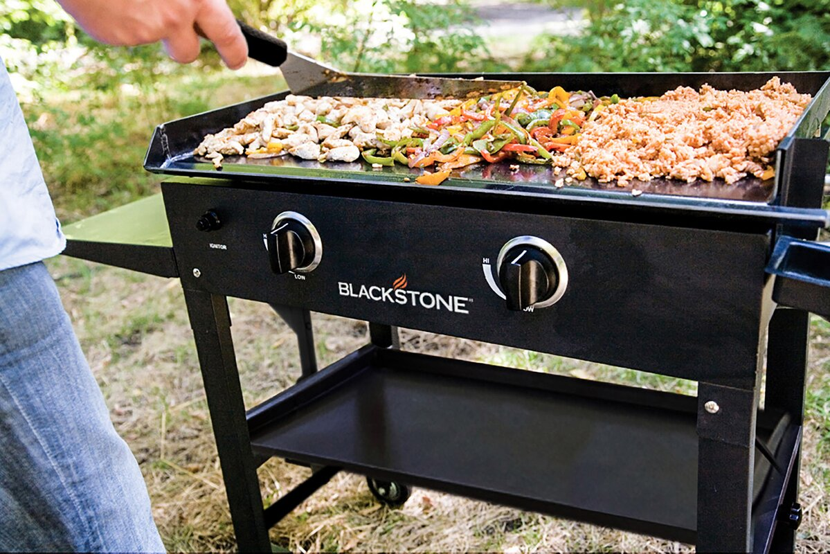 Blackstone 2 Burner Flat Top Propane Gas Grill With Side