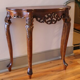 Good Windsor Hand Carved Wood Indoor Console Table