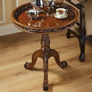 Lady Wentworth Pie Crust End Table by Design..