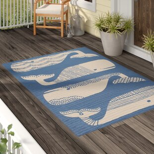 Affordable Janiyah Patterned Whales Blue/White Indoor/Outdoor Area Rug By Breakwater Bay