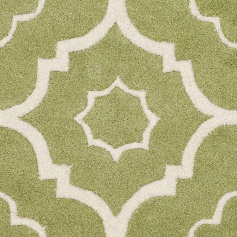 safavieh handgefertigter teppich aus wolle in gr n elfenbein bewertungen. Black Bedroom Furniture Sets. Home Design Ideas