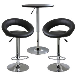 Southampton Classic Relaxed 3 Piece Pub Table Set
