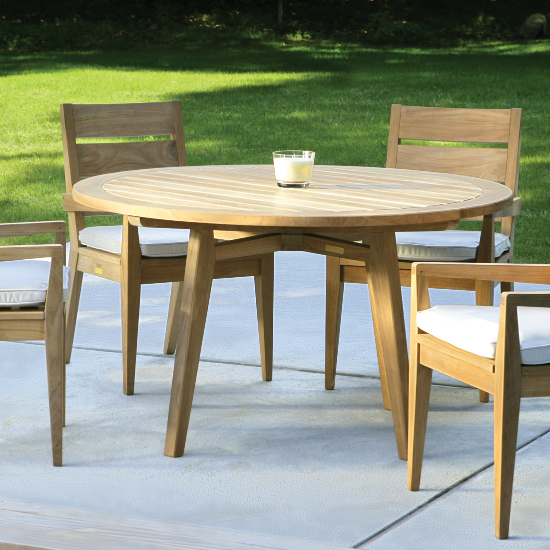 Outdoor Dining Furniture