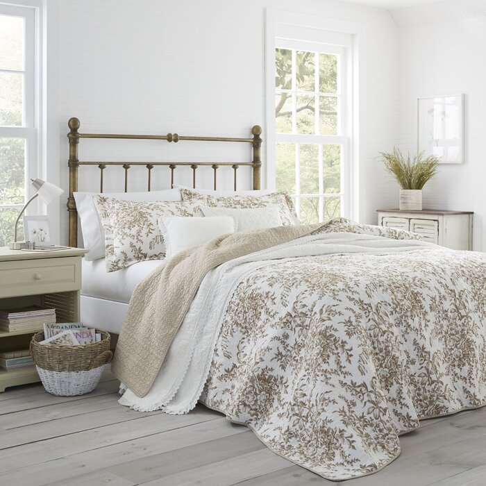 Amazing Bedford 100 Cotton Reversible Quilt Set By Laura Ashley Home Download Free Architecture Designs Scobabritishbridgeorg