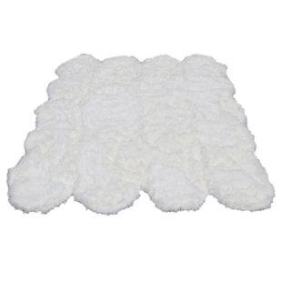 Savings KeAndre Faux Fur White Area Rug ByEverly Quinn