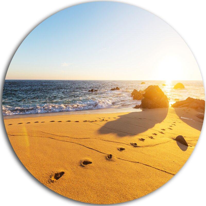 DesignArt \'Footprints on Beach Sand\' Photographic Print on Metal ...