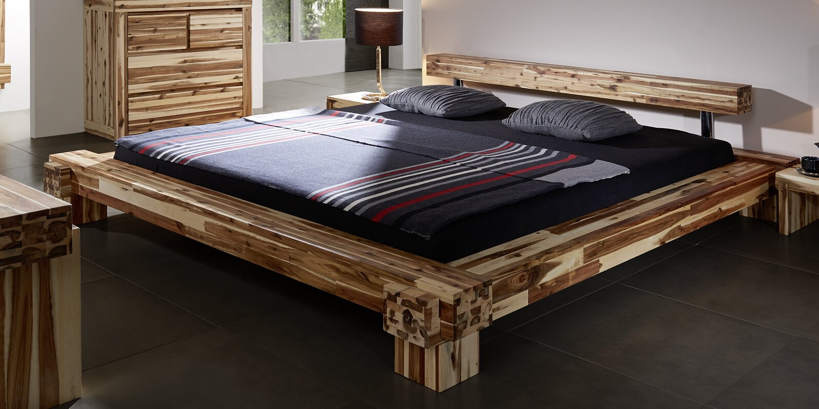 sam stil art m bel gmbh massivholzbett casablanca. Black Bedroom Furniture Sets. Home Design Ideas