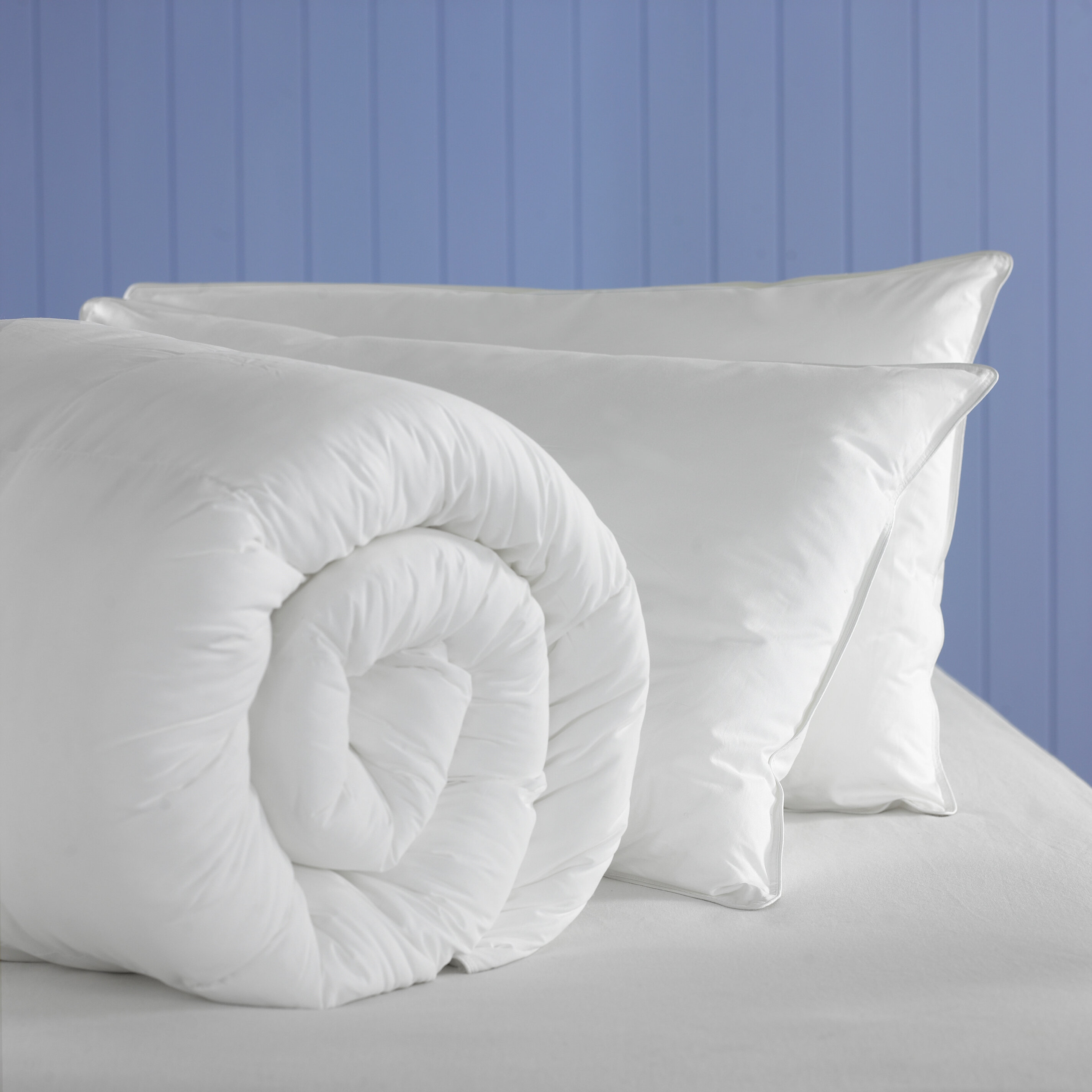 Soft As Down Polyester 4 5 Tog Duvet By The Pillow Company