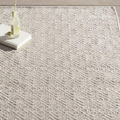 Annabelle Hand-Woven Grey/Ivory Indoor/Outdoor Area Rug