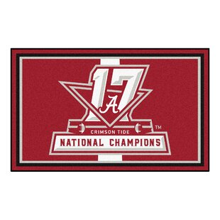 Reviews NCAA Red/White Area Rug By FANMATS