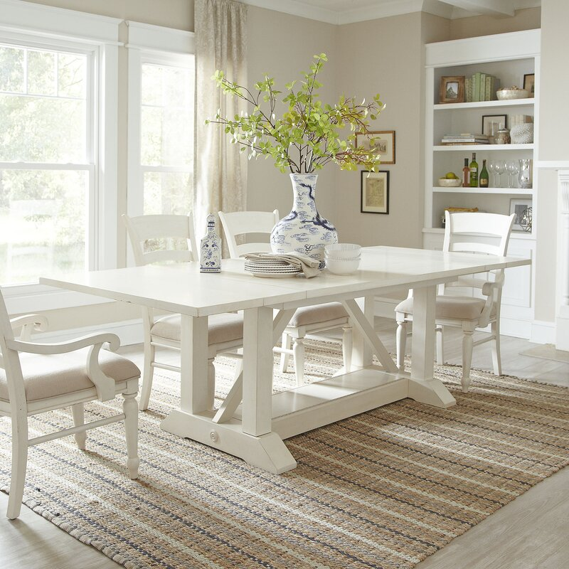 Elegant Lisbon Extendable Dining Table