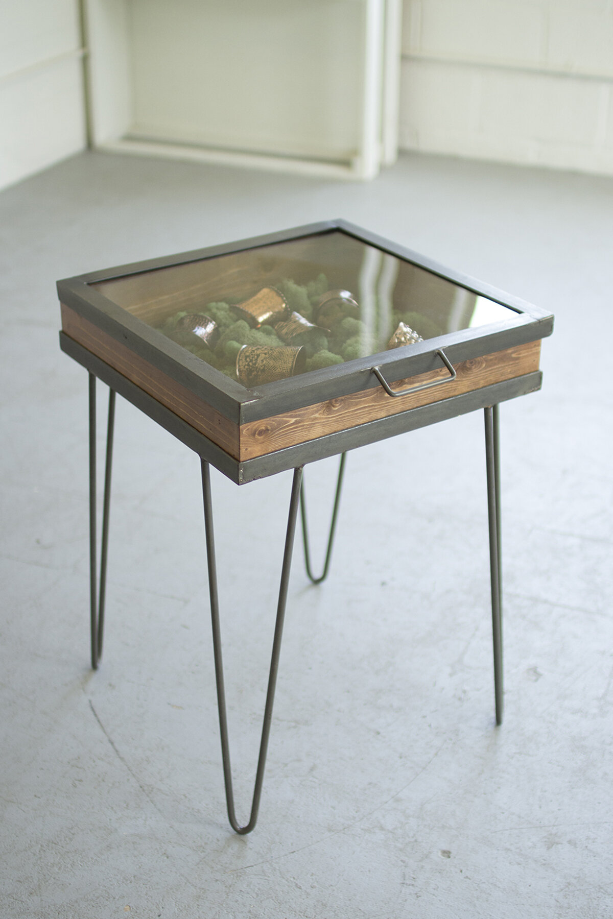 Charmant Kalalou Display Table With Hinged Glass Top | Wayfair