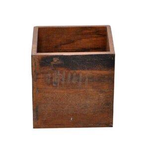 Kiste aus Holz von Hazelwood Home