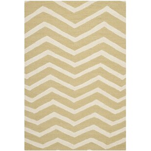 Newton Hand-Tufted Wool Light Gold/Ivory Area Rug by Safavieh