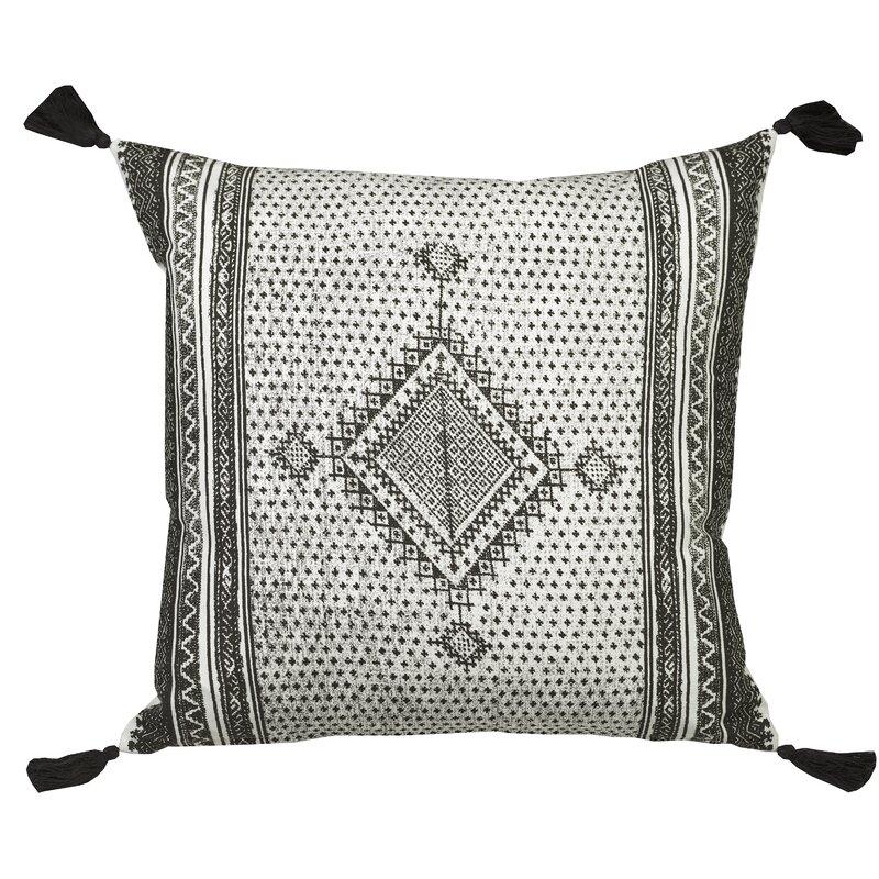 Bungalow Rose Toph Centre Diamond Throw Pillow