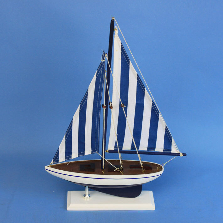 Nautical Sailer Model Yacht