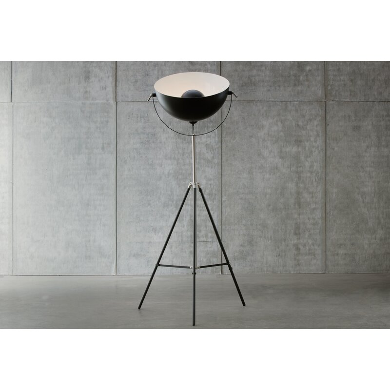 Jumbo Studio 72 Tripod Floor Lamp