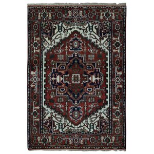 Gareloi Serapi Hand-Woven Wool Red Area Rug