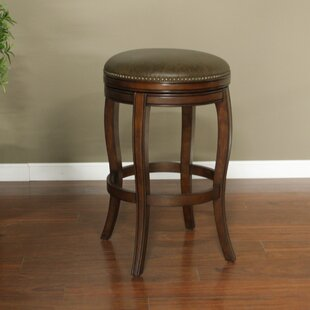 Wilmington 26 Swivel Bar Stool