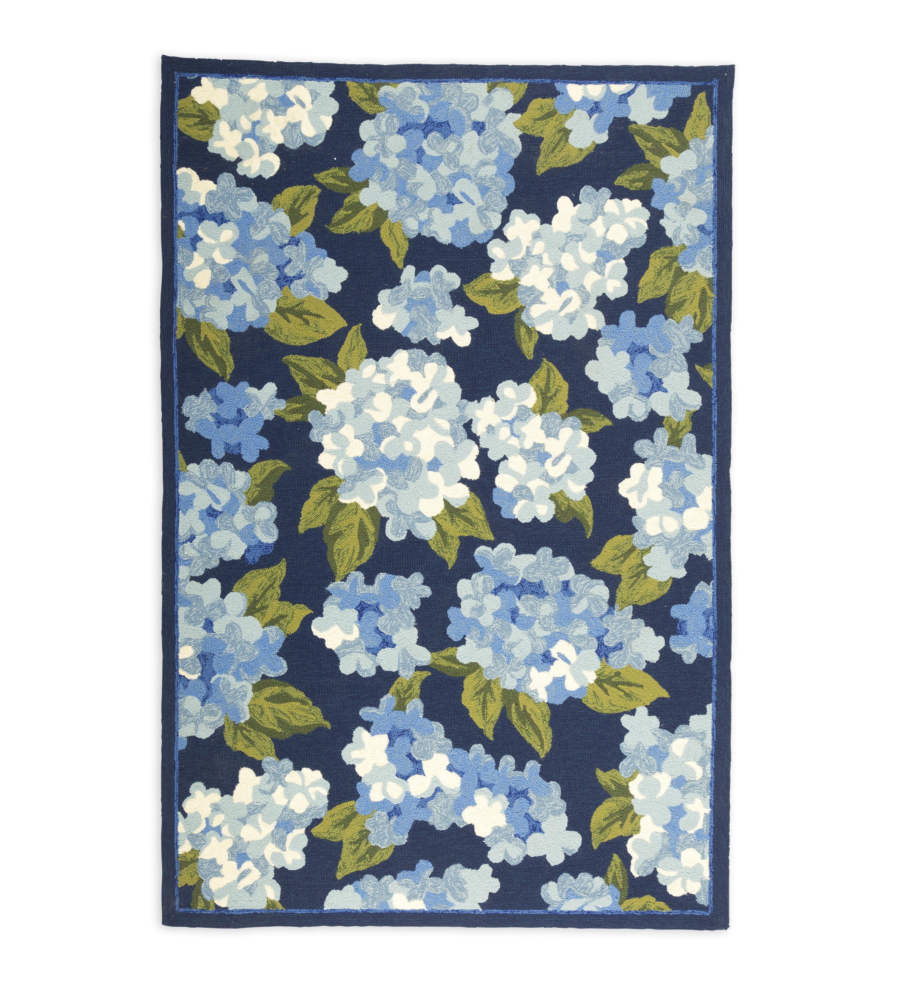 Plow Hearth Hydrangeas Hand Hooked Blue Area Rug Wayfair Ca
